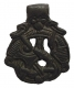 Подвеска скандинавского типа с изображением переплетенного Гьердмундганга (гигантского змея) и предположительно Тора. X-XII вв. Металл